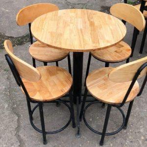 Bộ bàn ghế Cafe chân tựa sắt mặt gỗ 02