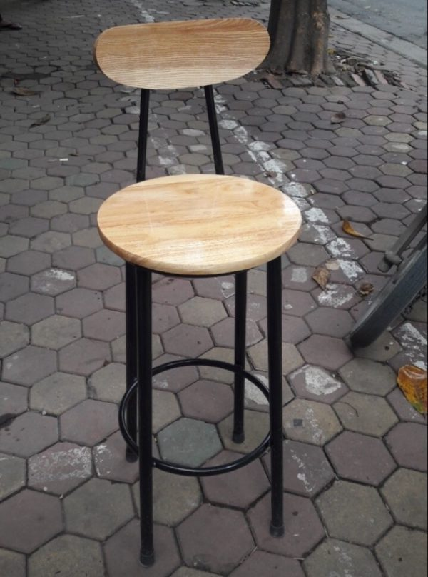 Ghế Bar chân sắt mặt gỗ 01